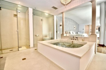 Fancy Spa Like Bathroom Ideas Home15