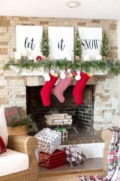 Fantastic Winter Mantle Decoration Ideas07