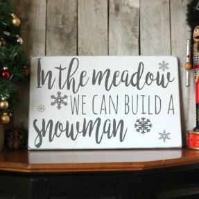 Fantastic Winter Mantle Decoration Ideas19