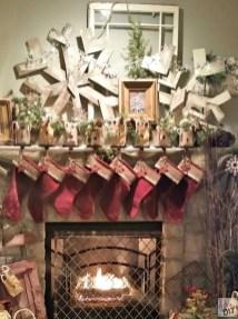 Fantastic Winter Mantle Decoration Ideas20