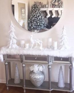 Fantastic Winter Mantle Decoration Ideas24