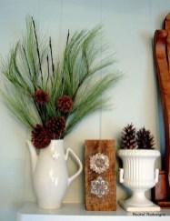 Fantastic Winter Mantle Decoration Ideas28