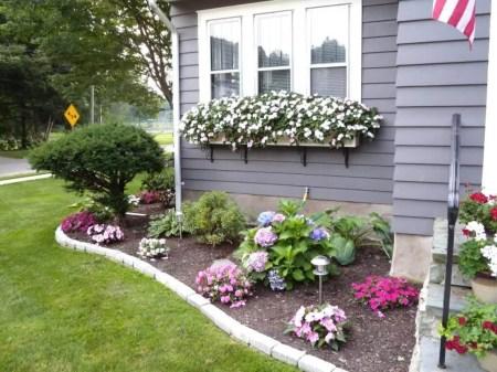 Impressive Front Yard Landscaping Garden Designs Ideas39
