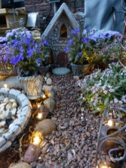 Impressive Magical Mini Garden Ideas01