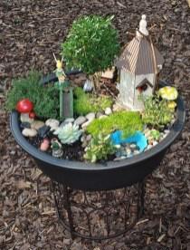 Impressive Magical Mini Garden Ideas17