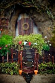 Impressive Magical Mini Garden Ideas19