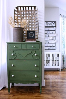 Lovely Fall Emerald Home Decoration Ideas11