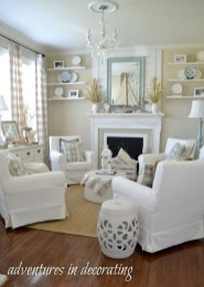 Perfect Coastal Living Room Ideas22