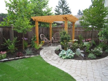 Pretty Grassless Backyard Landscaping Ideas06
