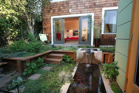 Pretty Grassless Backyard Landscaping Ideas20