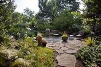 Pretty Grassless Backyard Landscaping Ideas46