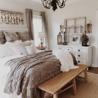 Romantic Rustic Farmhouse Bedroom Design And Decorations Ideas08