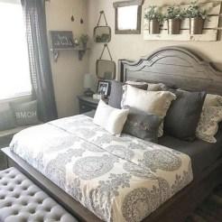 Romantic Rustic Farmhouse Bedroom Design And Decorations Ideas11