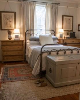 Romantic Rustic Farmhouse Bedroom Design And Decorations Ideas17