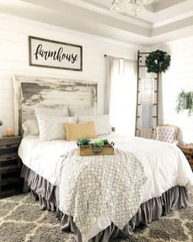 Romantic Rustic Farmhouse Bedroom Design And Decorations Ideas25