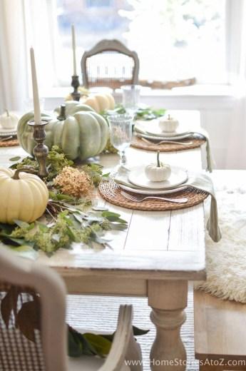 Stylish French Farmhouse Fall Table Design Ideas33