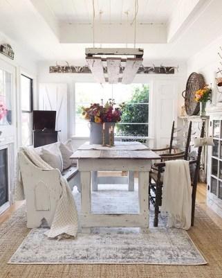 Stylish French Farmhouse Fall Table Design Ideas43