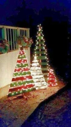 Amazing Outdoor Christmas Trees Ideas 17