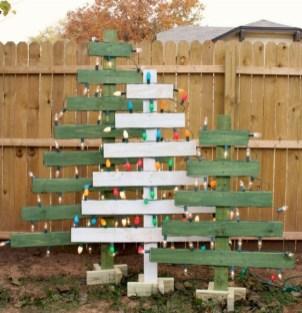 Amazing Outdoor Christmas Trees Ideas 21