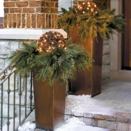 Amazing Outdoor Christmas Trees Ideas 28