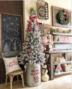 Awesome Farmhouse Christmas Ideas22