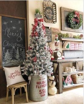 Awesome Farmhouse Christmas Ideas33