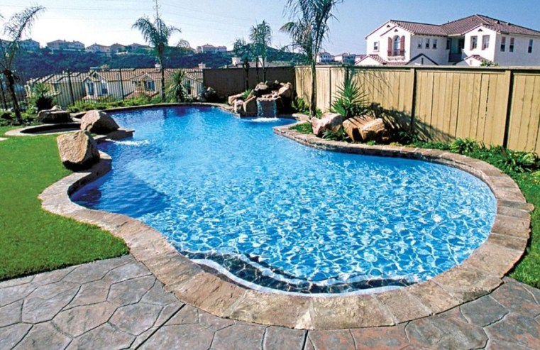 Cozy Swimming Pool Design Ideas For Your Home Backyard21