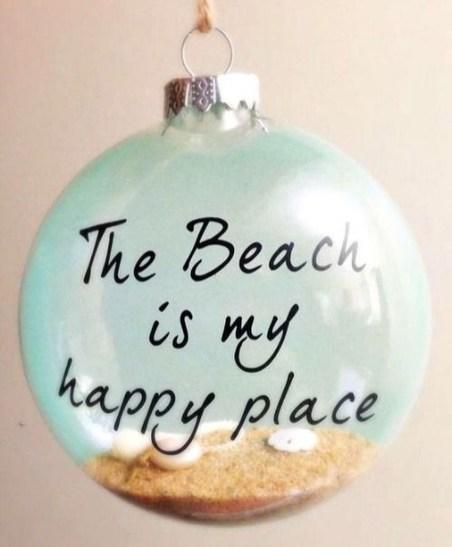 Creative Beach Christmas Decor Ideas17
