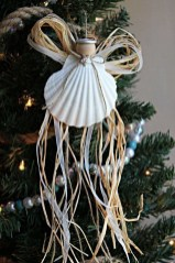 Creative Beach Christmas Decor Ideas28