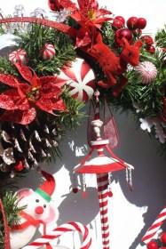 Fascinating White Vintage Christmas Ideas24