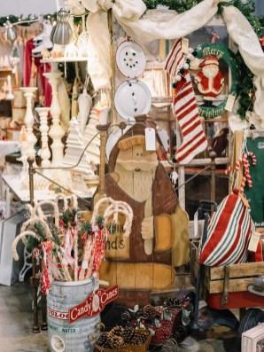 Fascinating White Vintage Christmas Ideas29