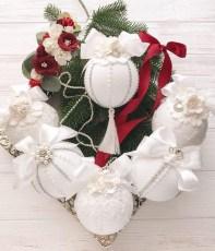 Fascinating White Vintage Christmas Ideas34