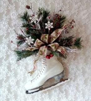 Fascinating White Vintage Christmas Ideas37