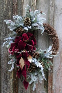 Inspiring Christmas Wreaths Ideas For All Types Of Décor08