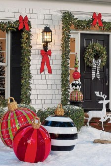 Outdoor Decoration For Christmas Ideas16