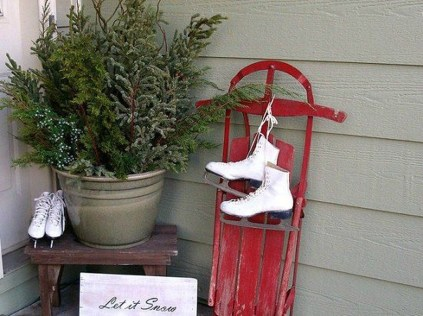 Outdoor Decoration For Christmas Ideas37