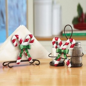 Perfect Candy Cane Christmas Decor Ideas For Your Home03