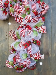 Perfect Candy Cane Christmas Decor Ideas For Your Home36