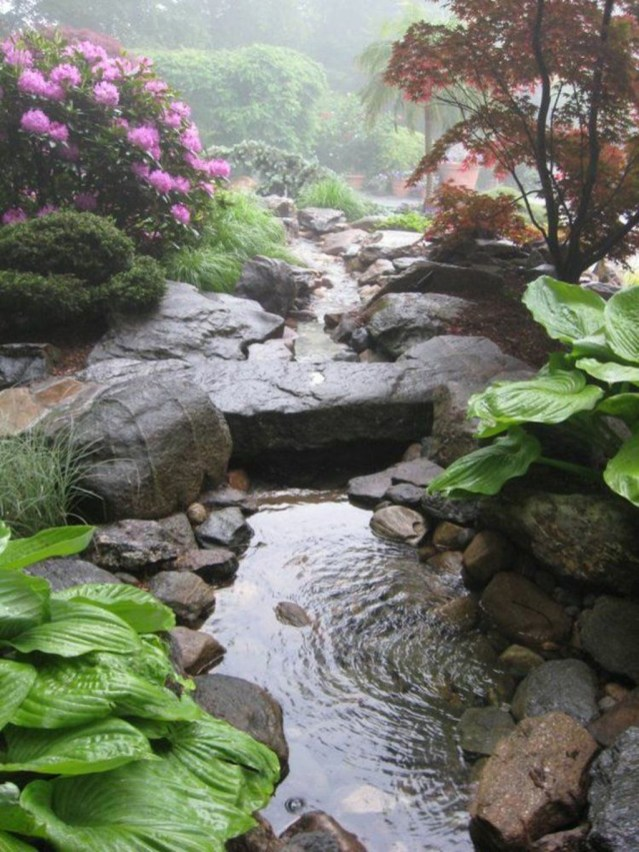 Popular Pond Garden Ideas For Beautiful Backyard18
