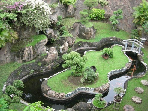 Popular Pond Garden Ideas For Beautiful Backyard20