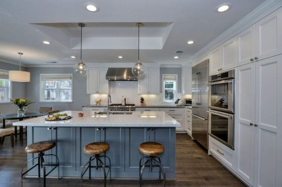 Relaxing Blue Kitchen Design Ideas For Fresh Kitchen Inspiration22
