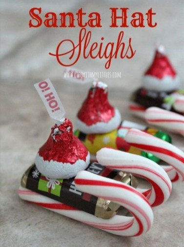 Unique Sleigh Decor Ideas For Christmas15
