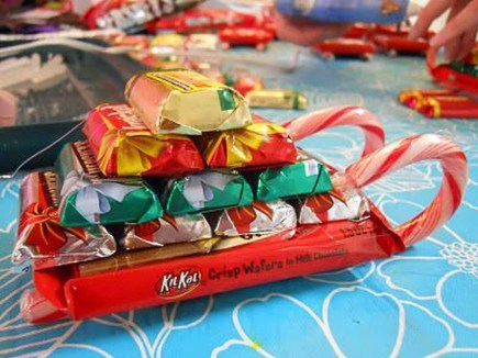Unique Sleigh Decor Ideas For Christmas22