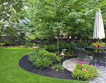 Amazing Big Tree Landscaping Ideas16