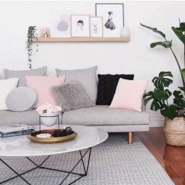 Amazing Scandinavian Livingroom Decorations Ideas26