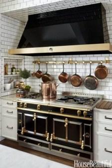 Amazing Small Apartment Kitchen Ideas12