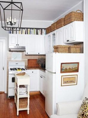 Amazing Small Apartment Kitchen Ideas15