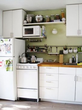 Amazing Small Apartment Kitchen Ideas24