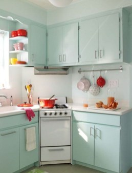 Amazing Small Apartment Kitchen Ideas34