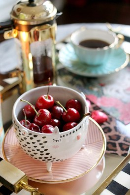 Amazing Valentine Coffee Table Design Ideas43